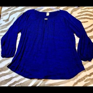 💥 LADIES BLUE TOP WITH SMALL EYELET